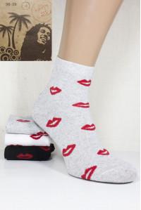Стрейчевые женские носки Be HAPPY and SMILE средней высоты Арт.: 44230-37-2 / Губы /